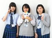 佐々木莉実さん(左)坂本虹海さん(中)藤井真夏さん(右)