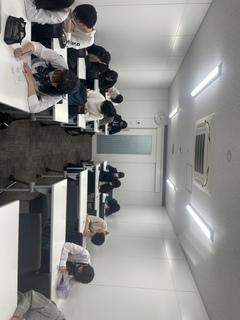 【福岡第二】専門授業が始まりました♪(イラスト)