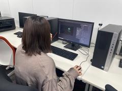 【福岡第二】ゲーム授業にて、光るキノコを発見!