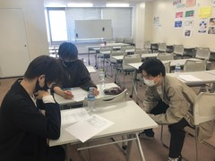 【福岡】入学式にむけた打ち合わせしてます!