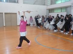 【鹿児島】動画で生徒のダッシュを!~交流会・・新聞紙が落ちる!~