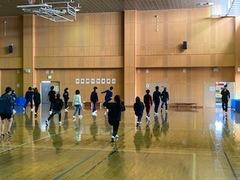 【鹿児島 通信制高校】体育のスクーリング授業で、ストレッチ!
