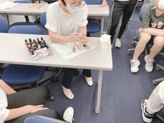 【神戸】ネイル実習授業を行いました♬