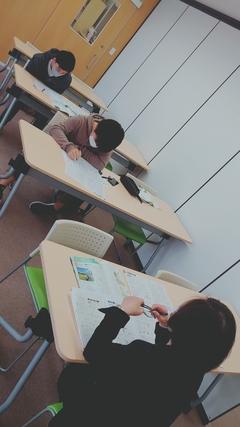 【高知】生物勉強中(進学コース)