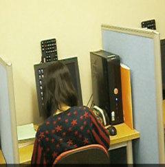 『動物大好き女子!テスト勉強中。』   ヒューマンキャンパス高校 不登校を応援する室蘭市の通信制高校(吉田塾併設)