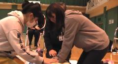 【室蘭】チームワークで人命救助法、学ぶ!