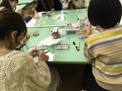 【名古屋第二】ファッションコース・ビーズ刺繍の授業✿