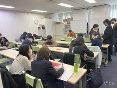 【名古屋第二】マンガ・イラスト専攻。科目ゼミ風景|ω・`)チラ