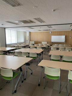【名古屋】月曜から静寂な教室