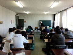 ただいま後期試験中ですっ(*^^)v【佐渡学習センター】