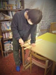 【佐渡】しまびと元気祭りのゴム鉄砲を作成中です(^^ゞ