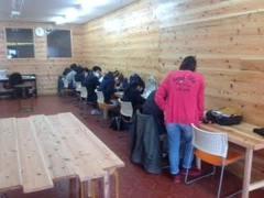 【佐渡】木の香りに満ちた癒しの教室
