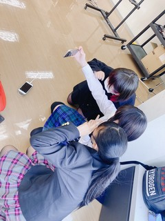 【大阪】お昼休みは....