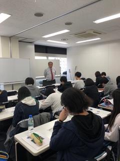 【札幌駅前】レポート勉強とは(?_?)