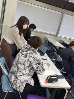 【札幌駅前】授業風景です~☆彡