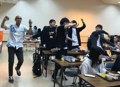 【仙台第二】本校スクーリングの様子「沖縄芸能を鑑賞」