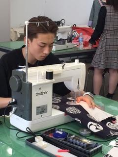 【東京】☆ファッションの授業☆トートバッグを作りました!