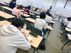 【横浜】キャラクターデザインの授業風景