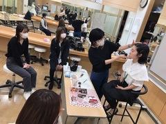 【横浜】韓国メイク体験授業☆゜。